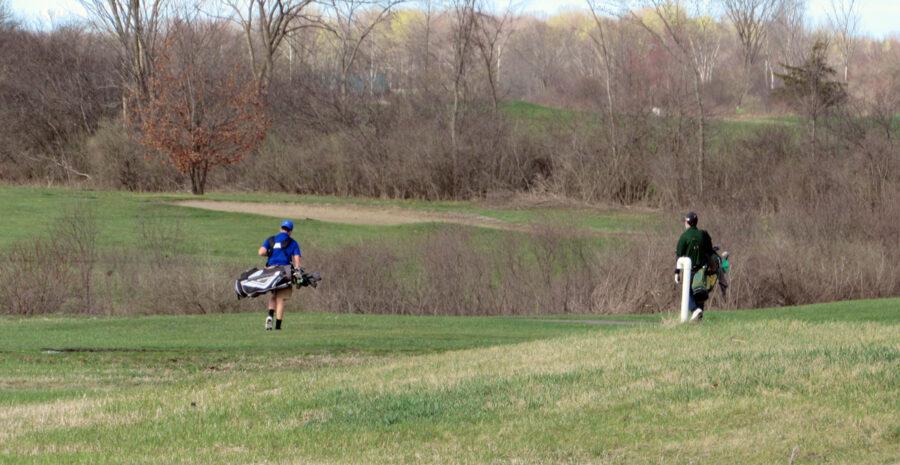 High school golf teams playing at Hartford Greens Country Club